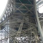Eiffel-tower-001