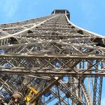 Eiffel-tower-004