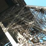 Eiffel-tower-013