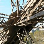 Eiffel-tower-033