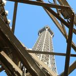 Eiffel-tower-036