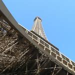 Eiffel-tower-039
